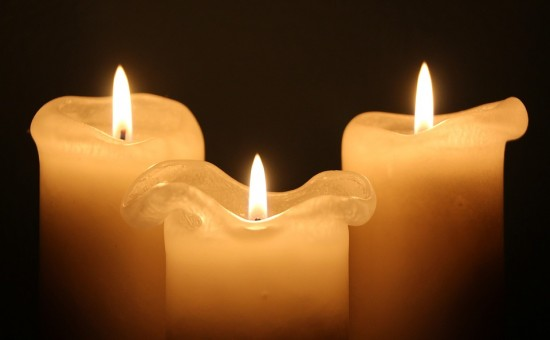 candles-1135017_960_720
